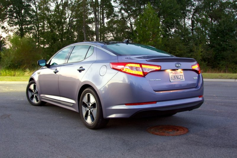 review 2012 kia optima hybrid the perfect car made worse the connection. Black Bedroom Furniture Sets. Home Design Ideas