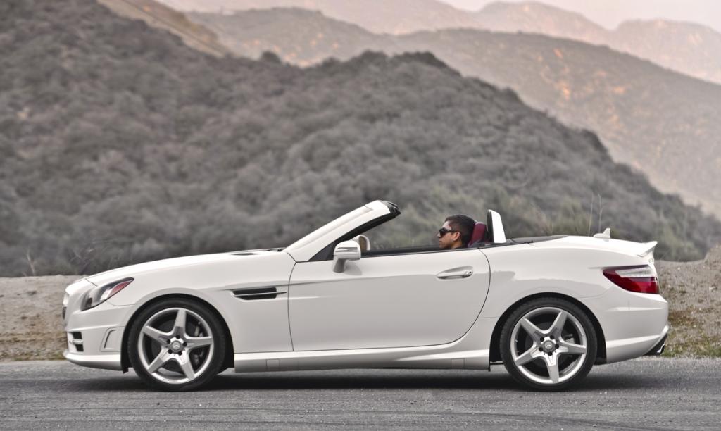 Wedding photo review mercedes benz slk250 roadster sport for 2013 mercedes benz slk 250 price
