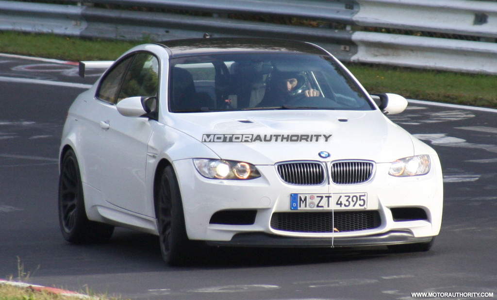 bmw-m3-gt-spy-shots_100230907_l