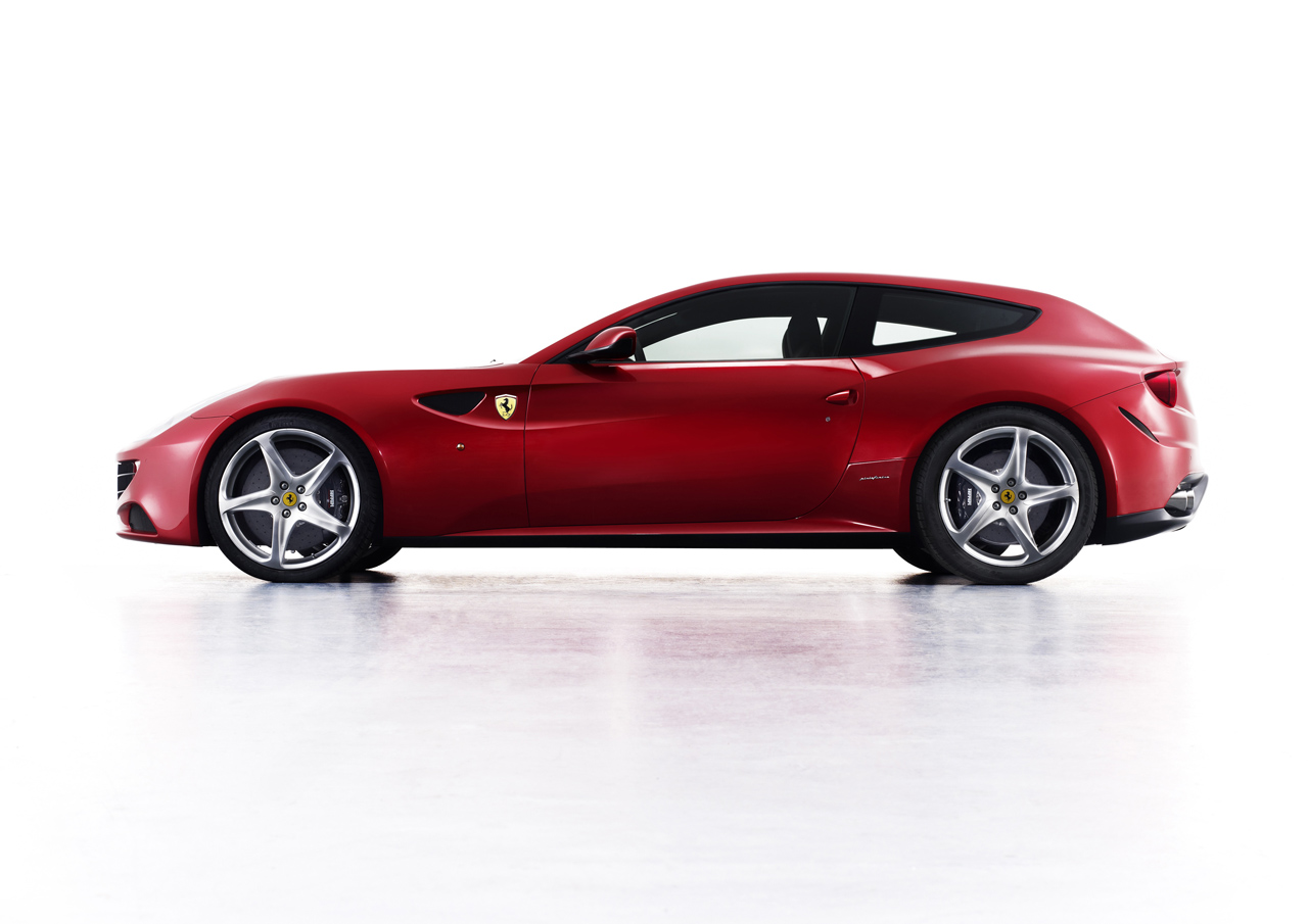 Video: Ferrari FF Is The Definition Of Four-Wheeled
