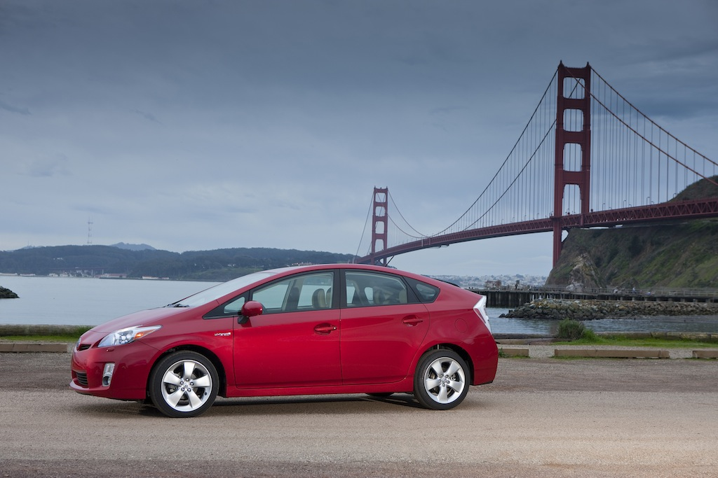 You Are What You Drive A Car Blog Review Toyota Prius The King Of Hybrids