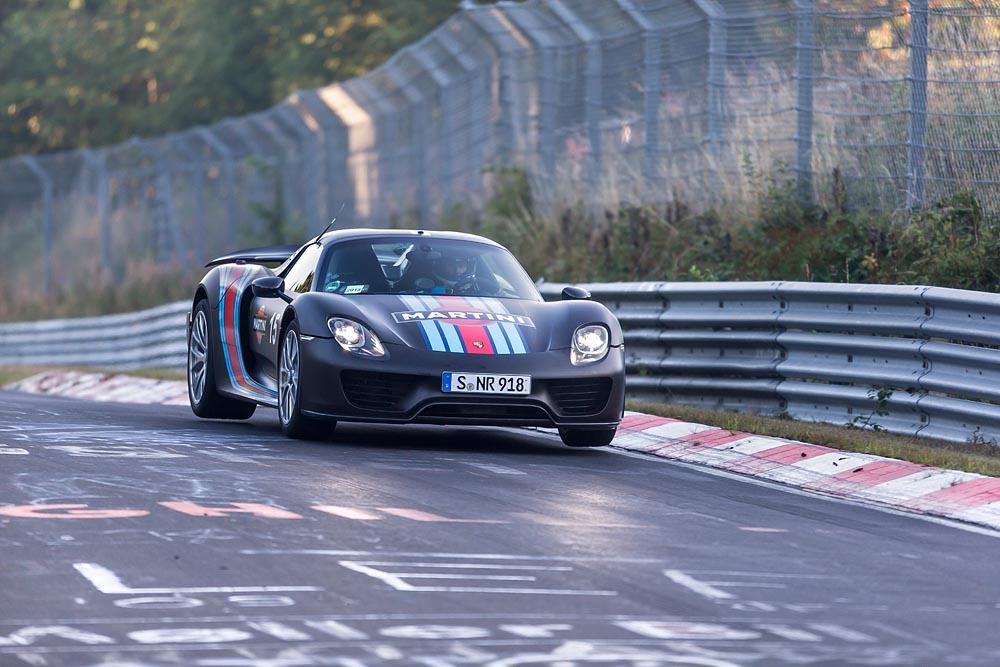 PorscheRawAutos com :: The Connection Between Man And Machine