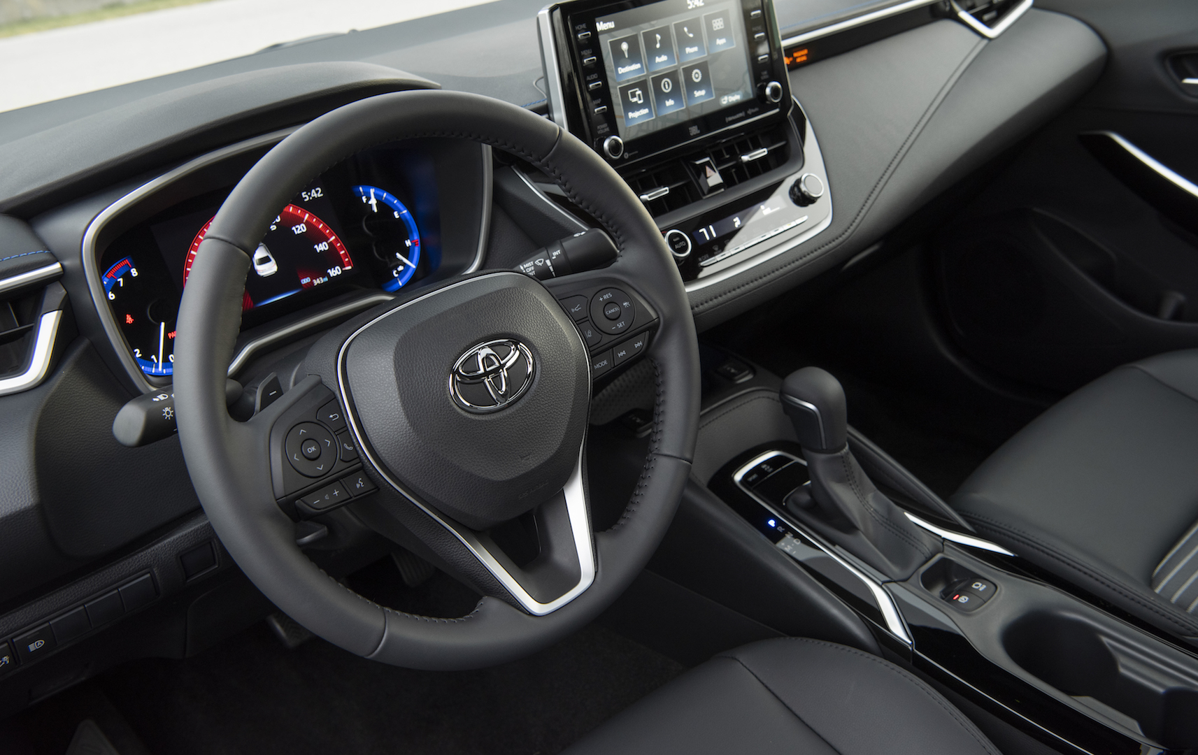 2020_Corolla_XSE_BlackSandPearl_041_v1_current